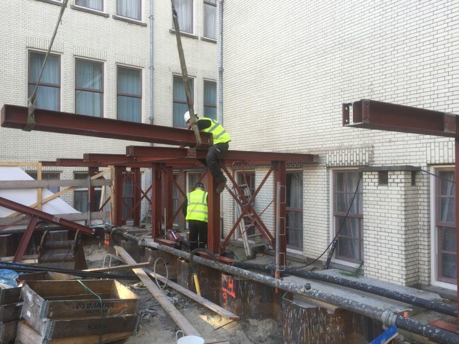 Bouwen van staal constructie